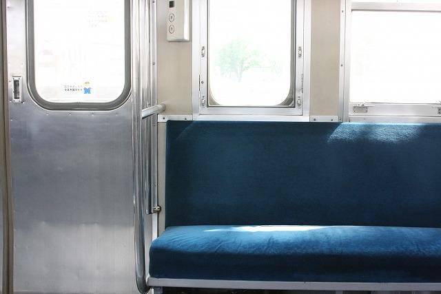 電車暑さ対策 (2)